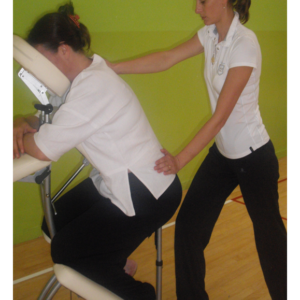 Shiatsu-assis ou massage sur chaise